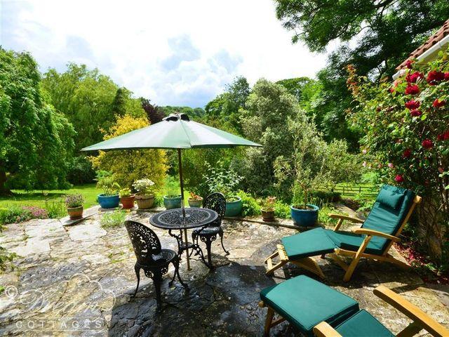 Sixpenny Cottage - 994658 - photo 1
