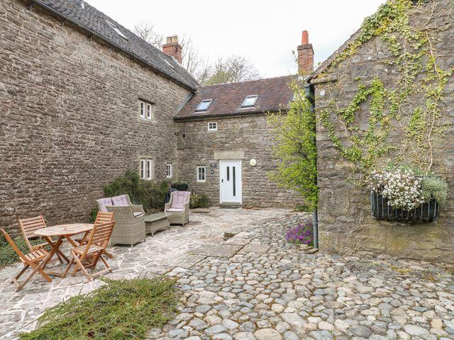 Slade Cottage - 998681 - photo 1