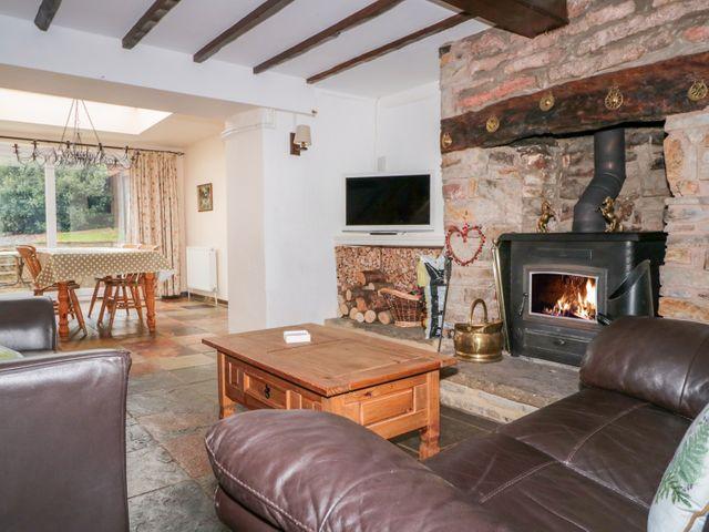 Twixt Cottage - 998749 - photo 1