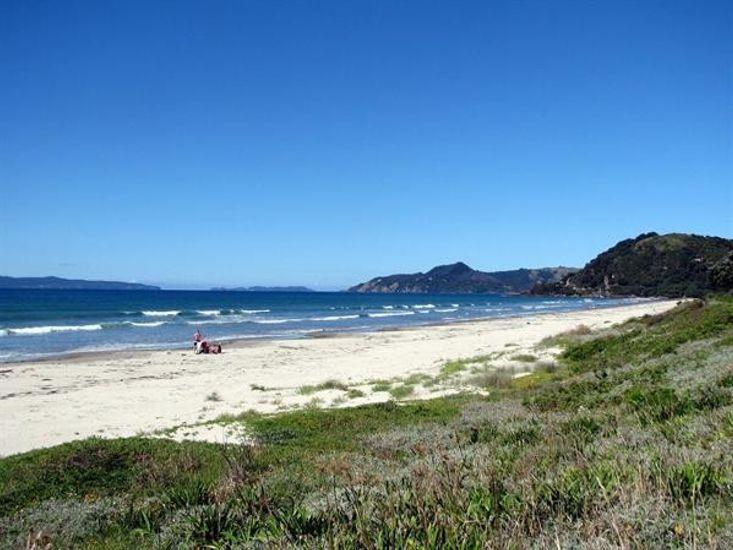 Beach (2 minutes walk)