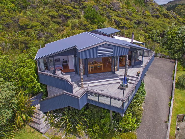 The Bluff - Rings Beach Holiday Home
