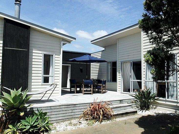 A Golfers and Beach Lovers Dream - Matarangi Holiday House