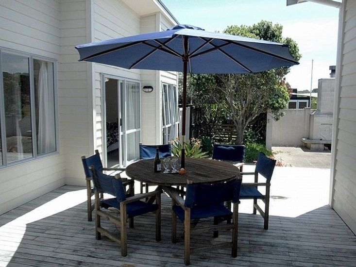 Outdoor Living - Table