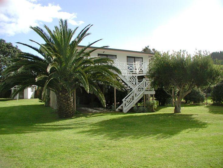 Beach Haven - Wharekaho Holiday Home - Exterior