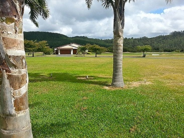 Mistry Hideout - Lakes Resort Pauanui Holiday Home