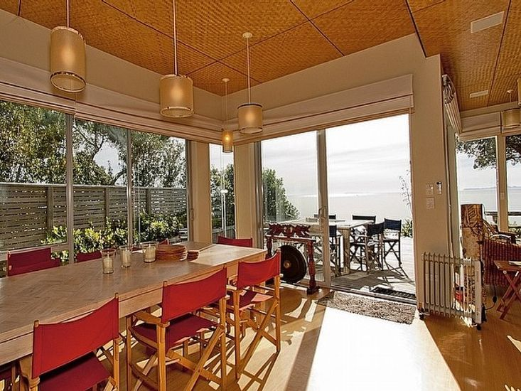 Indoor Dining to Outdoor Dining - Main House