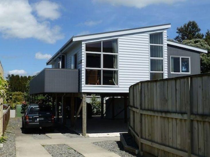 The Jandal - Waihi Beach Holiday Home