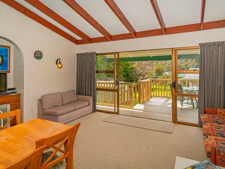Lounge & Dining Area Upstairs