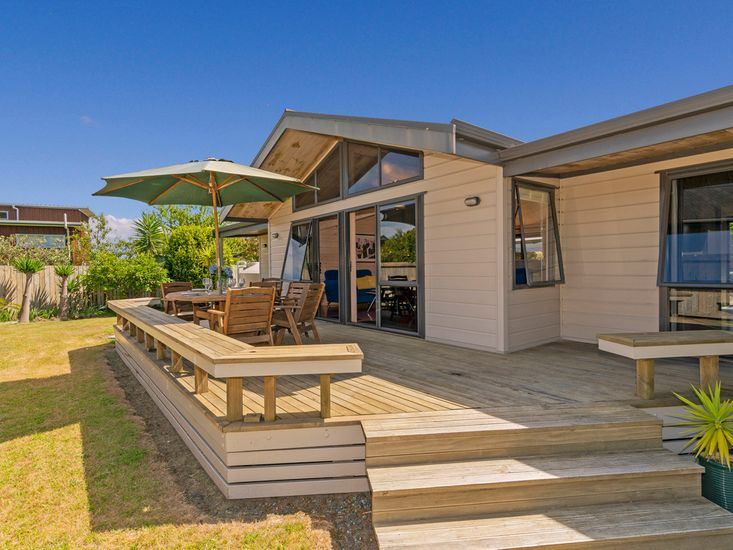 Bryley - Cooks Beach Holiday Home