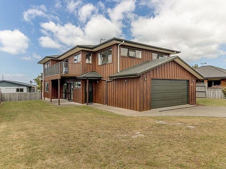 Hunters Lodge - Taupo Holiday Home