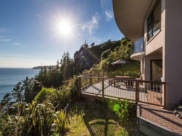 Oceana 21 - Tairua Executive Holiday Home - Outdoor Living