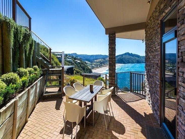 Outdoor Dining off Kitchen - Views to Ocean Beach