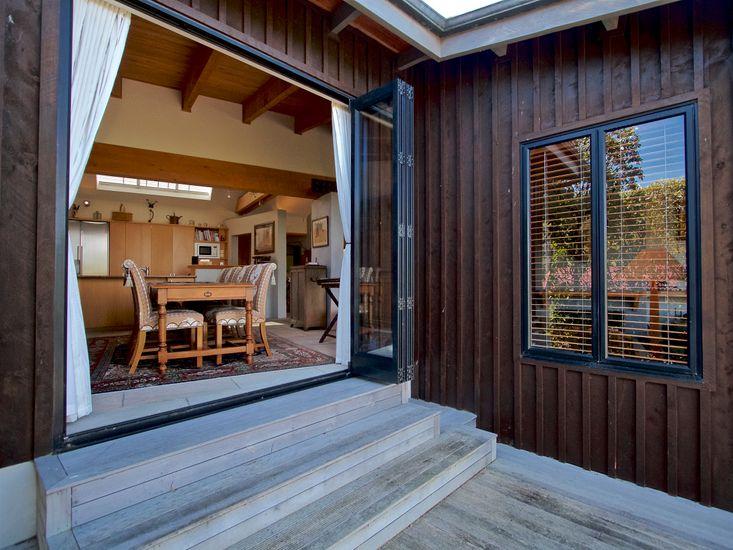 Balcony / Open door dining
