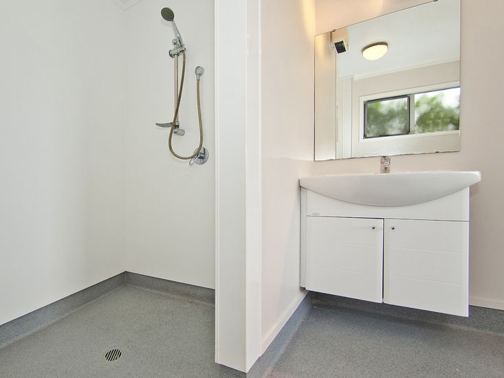 Downstairs Bathroom - Wheelchair Friendly