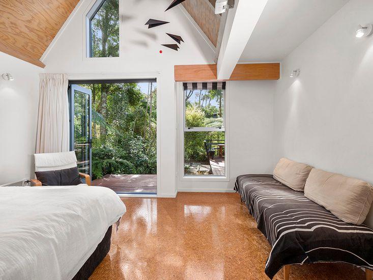 Studio Master Bedroom