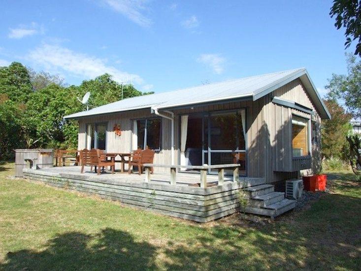 The Lazy Katz's - Kuratau Holiday Home