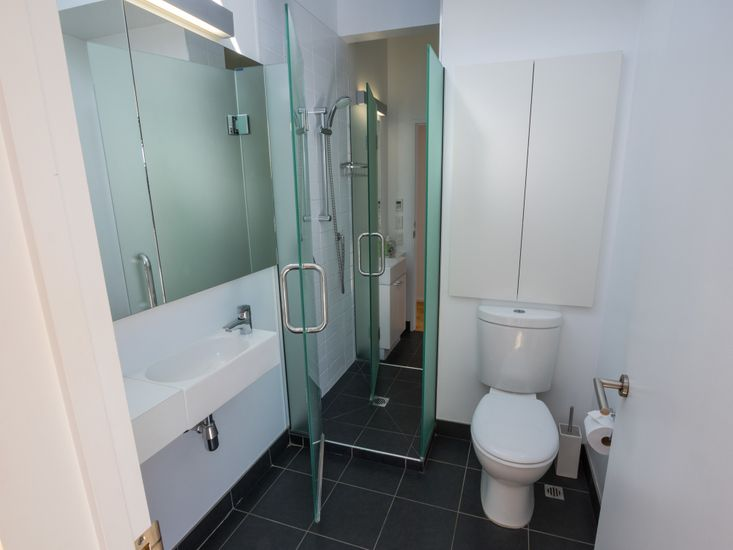 Toilet 1 and the access to the shower
