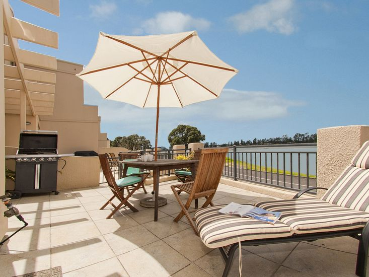 Waterfront Bliss - Tairua Holiday Home