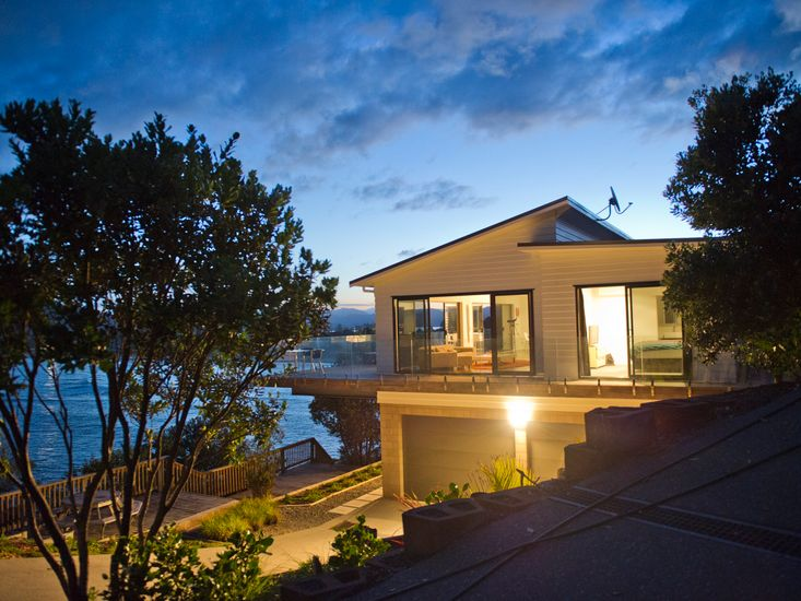 Tairua Magic - Tairua Executive Rental - Evening