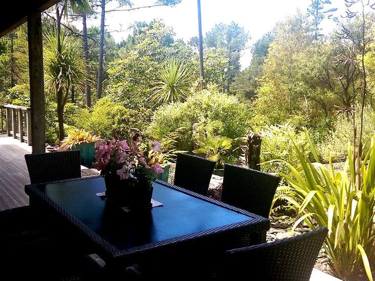 Garden dining on front deck