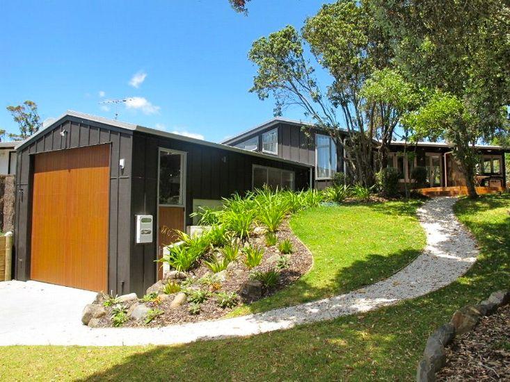 Tangiora Haven - Whangapoua Holiday Home