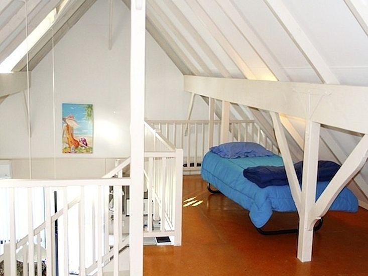 Mezzanine Beds