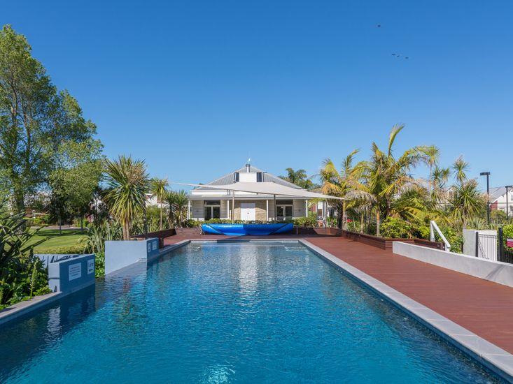 Resort Swimming Pool - Hamurana Lodge
