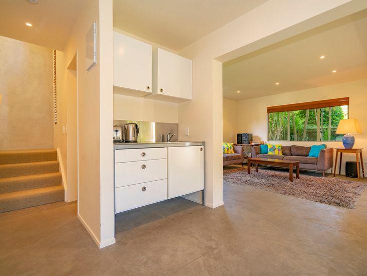 Kitchenette & Living Room - Studio