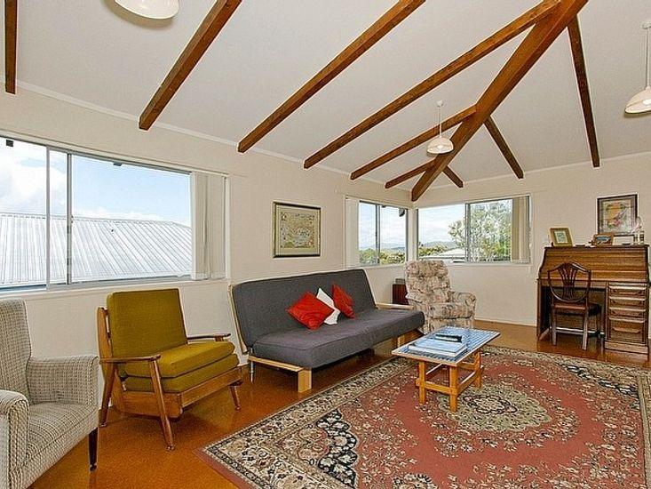 Sitting Room - Upstairs