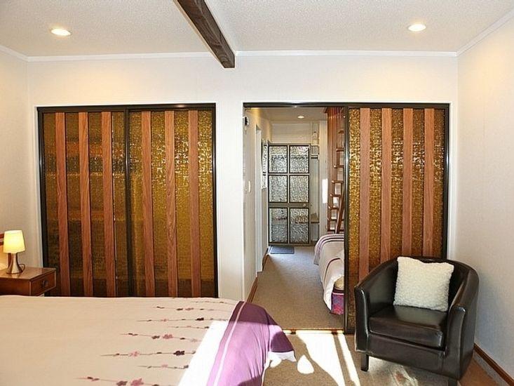 Bedroom to Hallway
