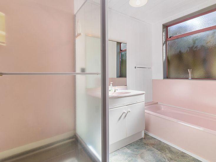 Bathroom 2 - Main House Downstairs