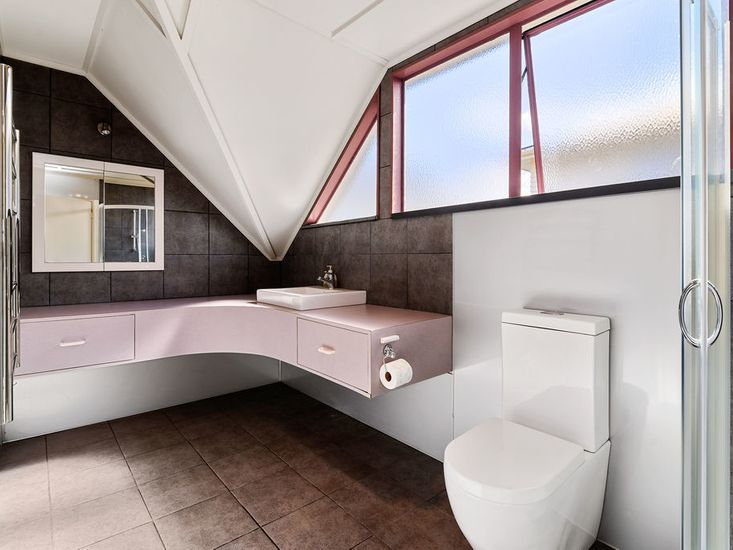 Bathroom 1 - Main House Upstairs