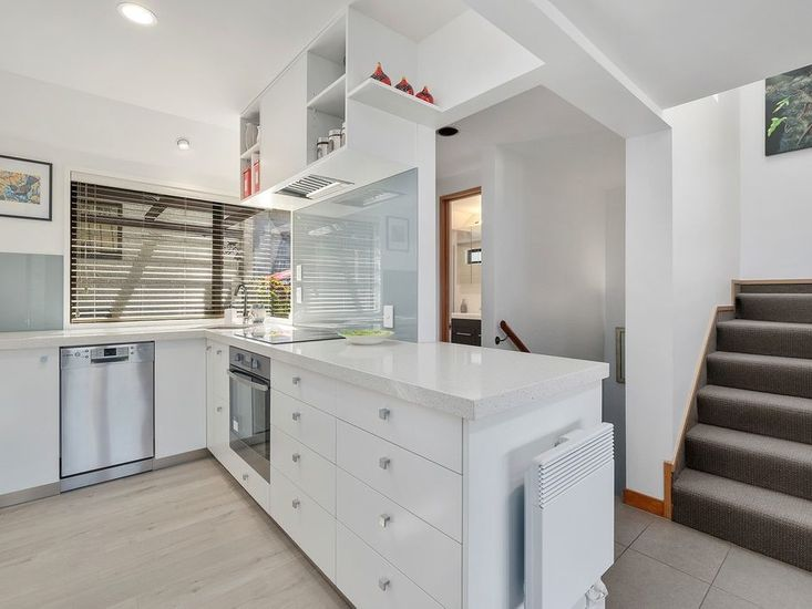 Kitchen - Middle Level