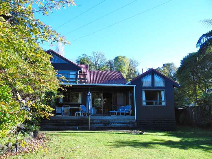 Exterior of the Lakeside Villa