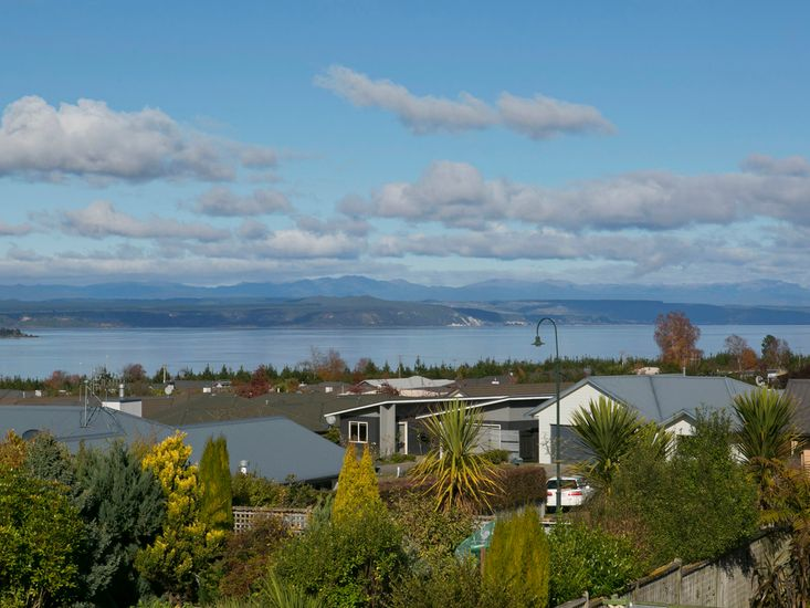 Lakewood Haven - Taupo Holiday Home - Views from the Balcony