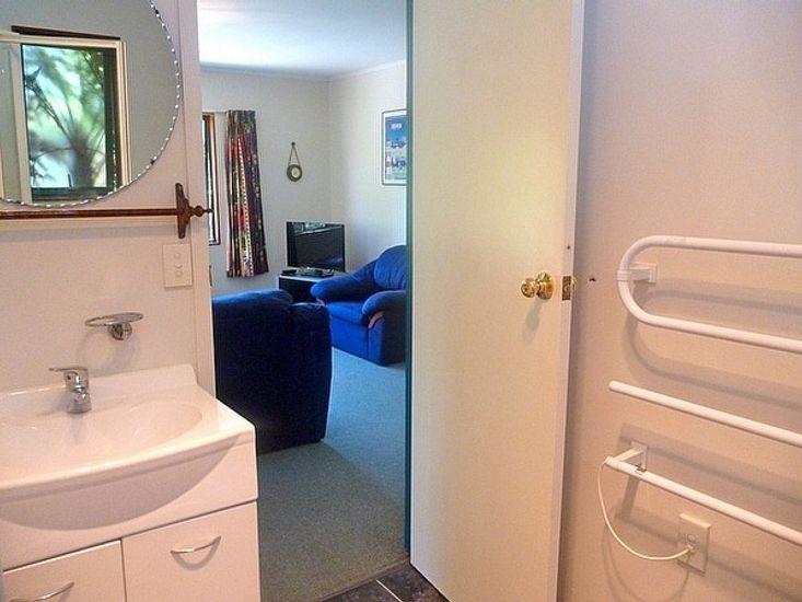 Bathroom to Lounge