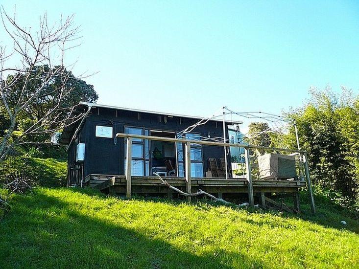 Moon's Oak Lodge - Oneroa Studio