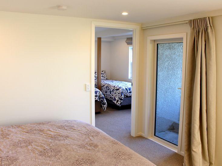 Bedroom 3 to Bedroom 4