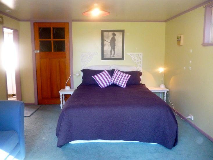 Bedroom 1 - Sleepout