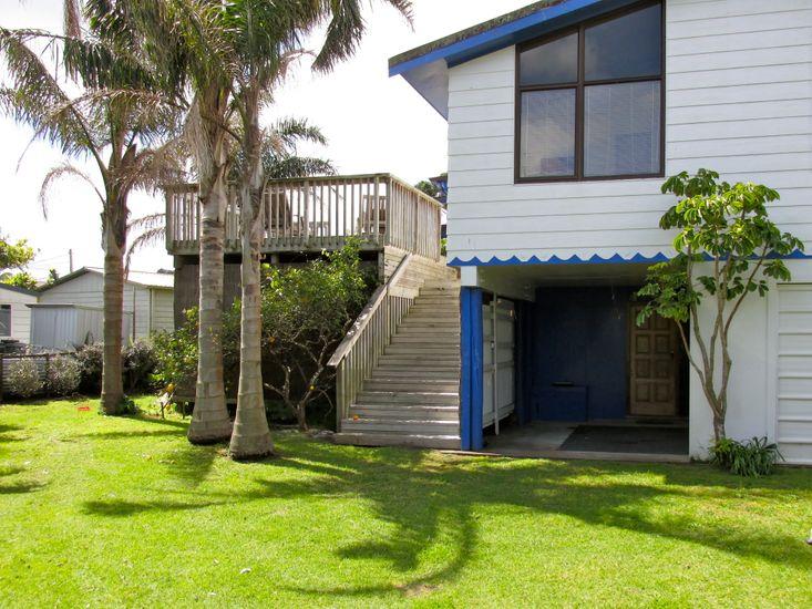 Matapouri Beach House - Matapouri Bach