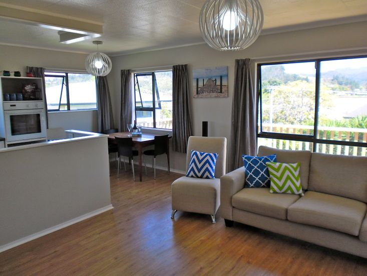 Lounge and Dining - Upstairs