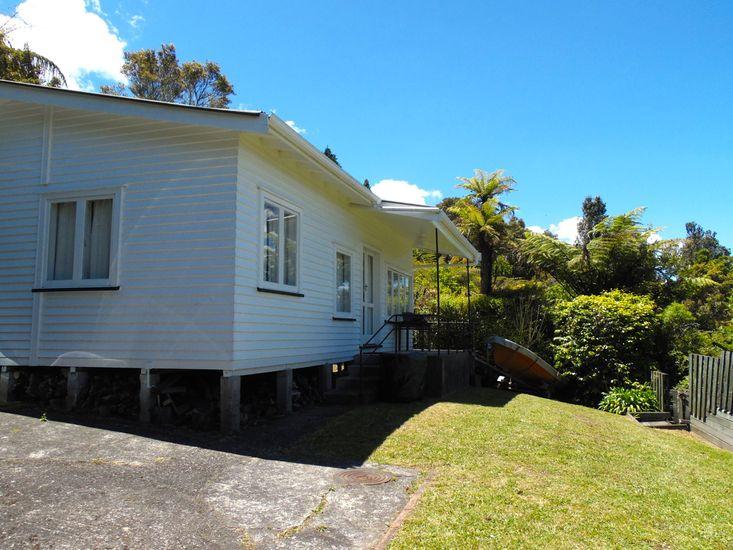 Kiwi Bach - Exterior