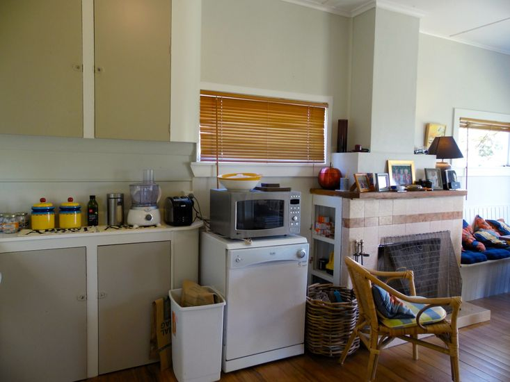 Kitchen and Lounge
