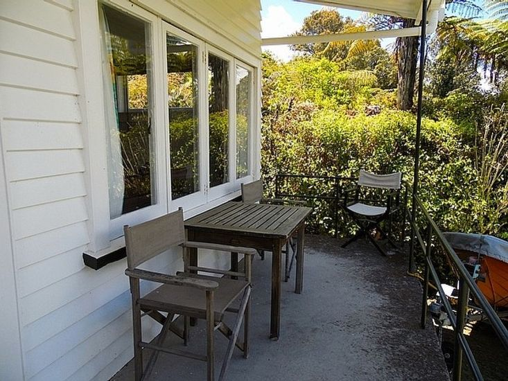 Outdoor Living of the Kiwi Bach