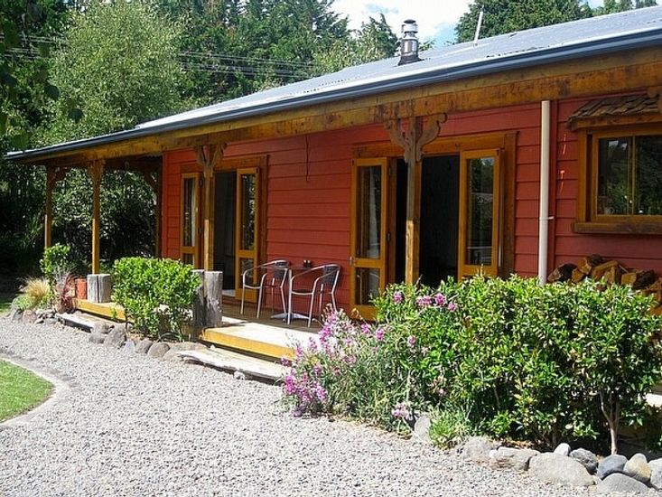 The Ski House on Miharo - Rangataua Holiday Home