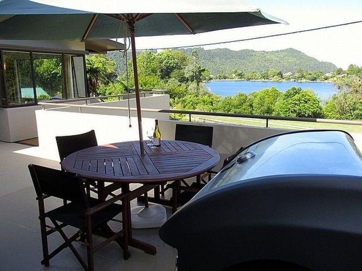 Outdoor Living - Lake Okareka Holiday Homes