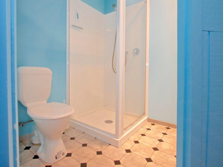 Additional Shower Room