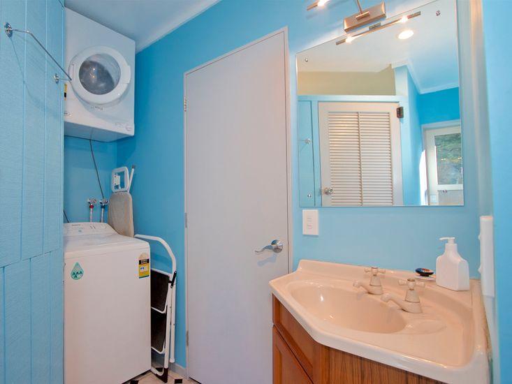 Bathroom, Laundry