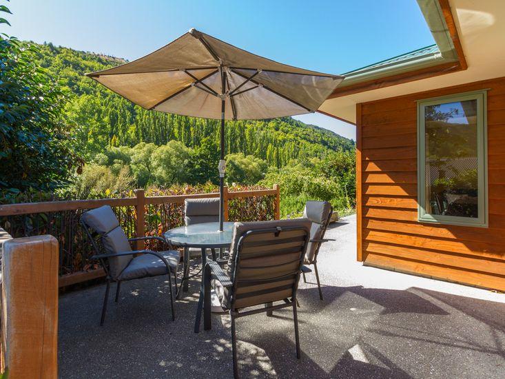 Sawmiller Retreat - Arrowtown Holiday Home