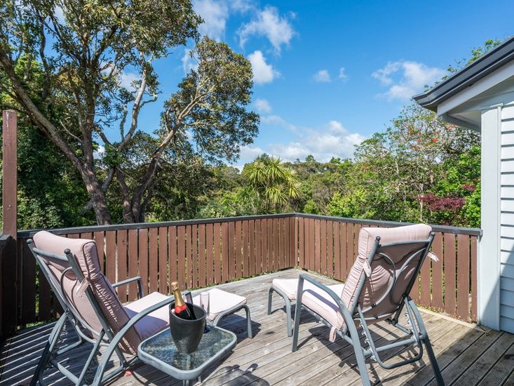 Outdoor Living on Sundeck